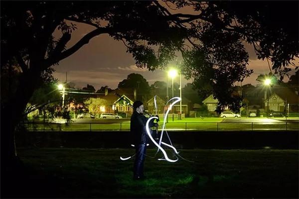 炫彩光绘照片如何拍摄?