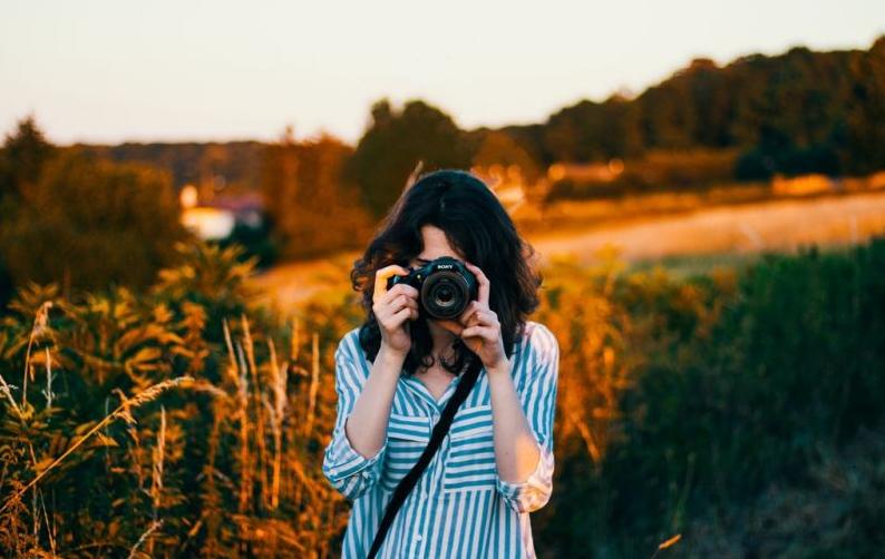 炎热的夏天如何拍摄人像大片?