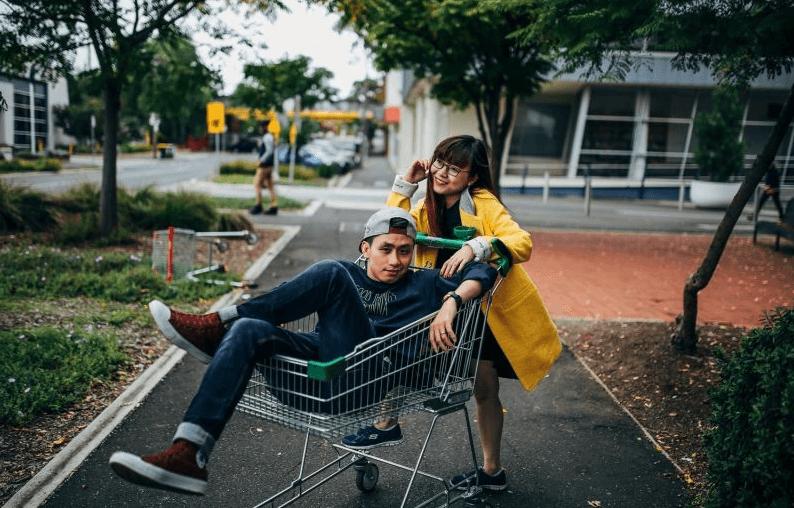 怎么拍好一张情侣照?